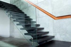 مصارف شیشه ساختمانی