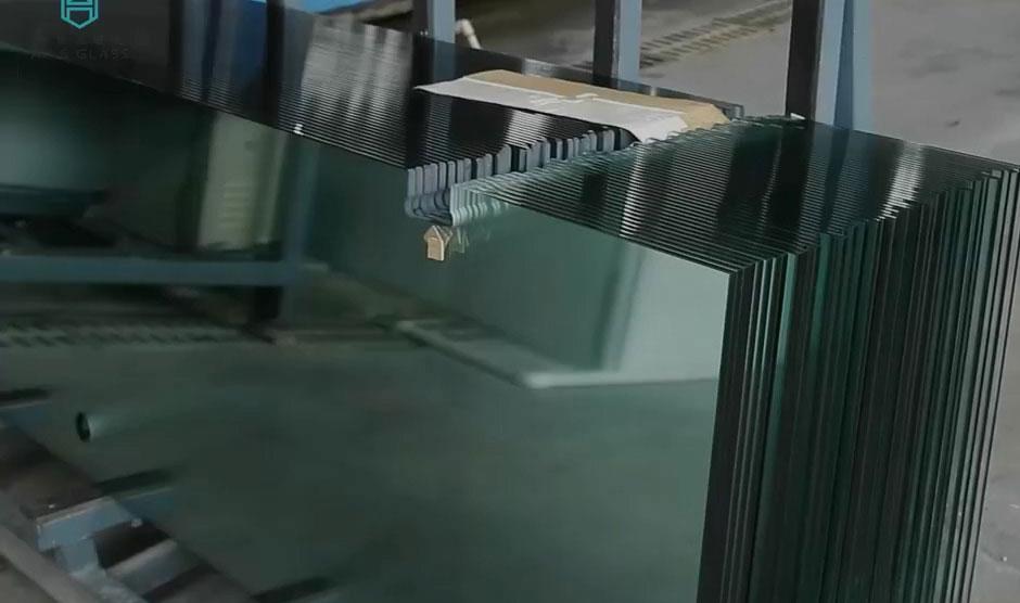 بهترین کارخانه شیشه سکوریت
